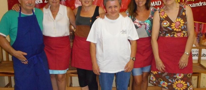Service repas des bénévoles des 400 Coups